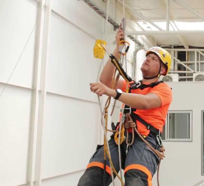 trabajo en cuerda vertical